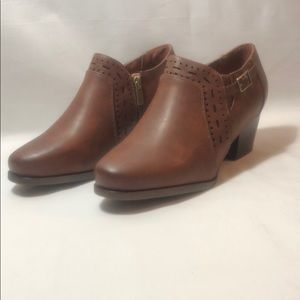LAST TWO! New Women's Detailed Brown Ankle Booties